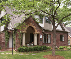 tudor-revival-featured