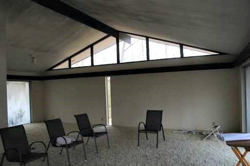 1-Living Area